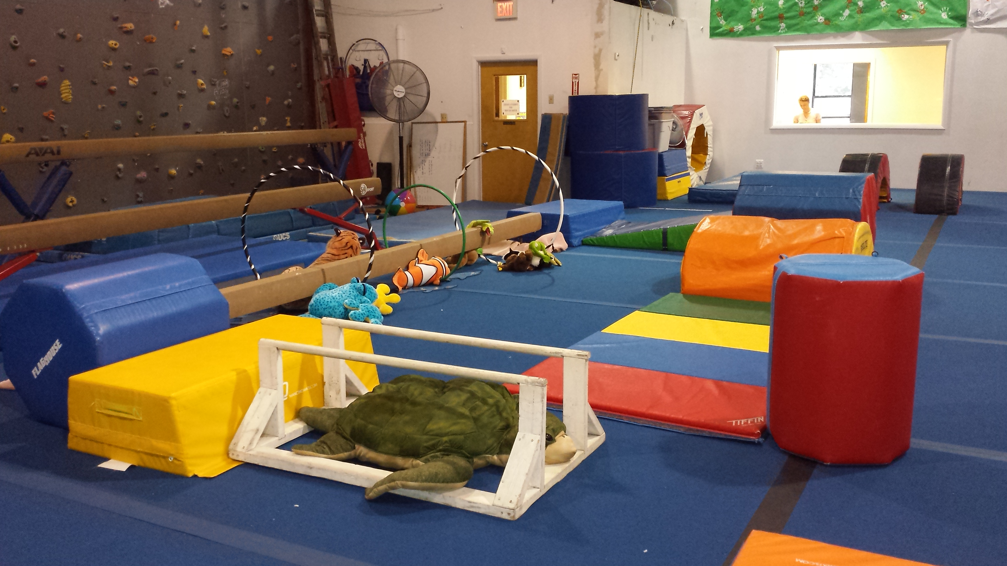 Kinderkidz preschool program giant gymnastics of sparta for Gross motor skills equipment