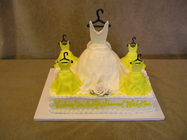 WEDDING DRESS & BRIDAL PARTY ON HALF SHEET