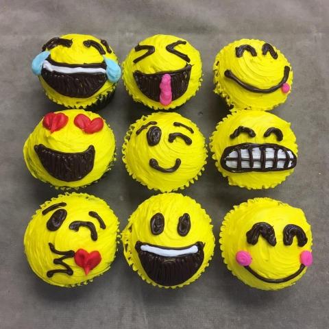 4oz Emoji Cupcakes