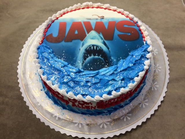 Jaws Edible Image On A 6lb Round