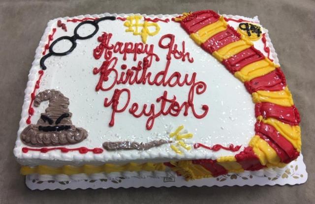 QUARTER SHEET POUND CAKE WITH HARRY POTTER THEME SHAPED CAKE 4LB