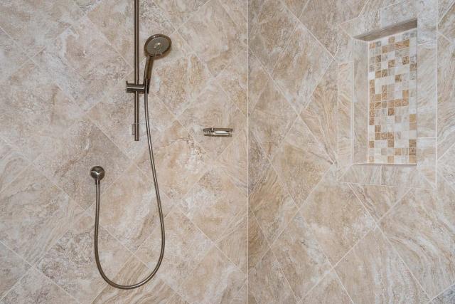 Bright Annandale Bathroom